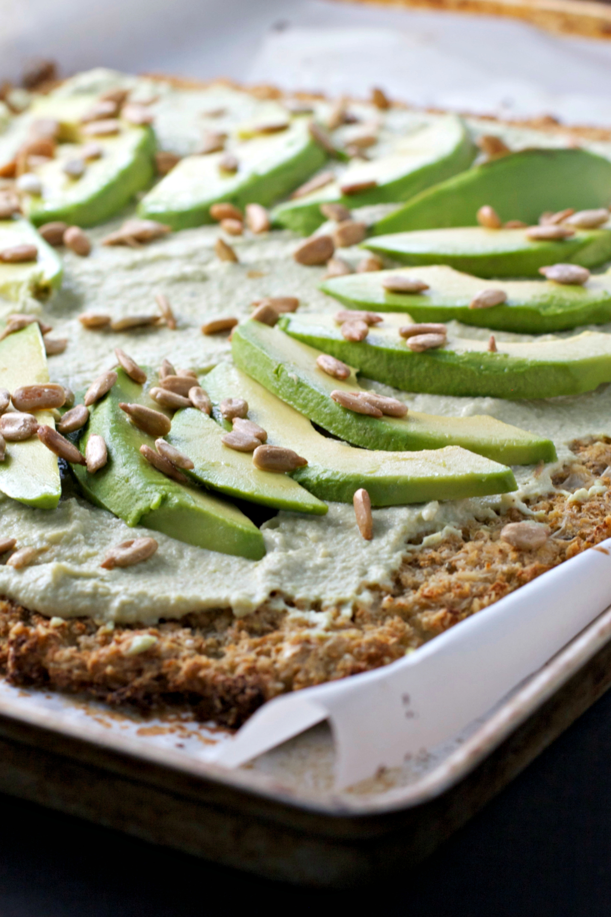 Rosemary Cauliflower Flatbread with Hummus and Avocados ~gluten free ...